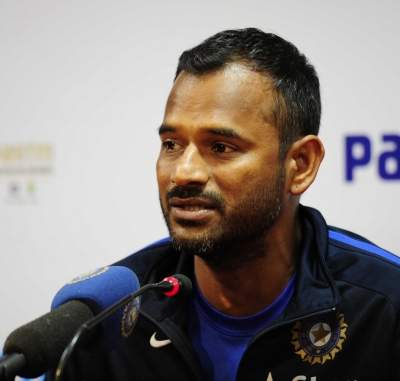 Fielding coach Sridhar's fitness tips from home for Team India