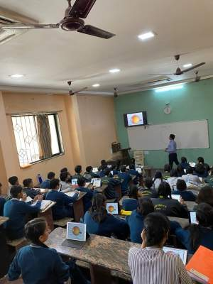 Apple empowering students in Burhanpur pen success on iPads