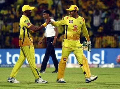 Helicopter 7: Dwayne Bravo's musical gift for MS Dhoni