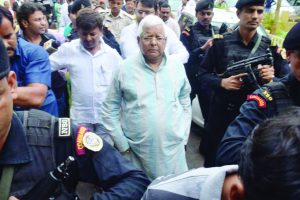 Hurdles cleared for Lalu Yadav for coming out of jail as HC gives bail in Dumka Treasury case