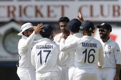 2nd Test: India beat England by 317 runs, level series 1-1